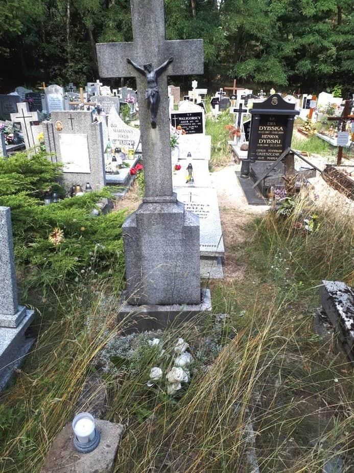 Grób ks. Piotra Struszkiewicza - cmentarz w Miłostowie (Poznań) - pole 35, kwatera 2, rząd 10, grób 7 - fot. 25.07.2019 - p. Bogusław Ostapowicz